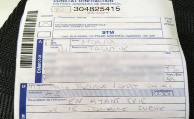 Multa surrealista: 130 euros por cantar en el coche
