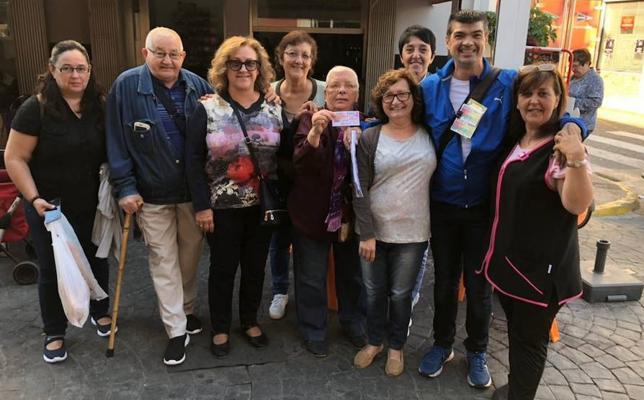 El Cuponazo deja un premio récord de 12 millones en San Juan de Énova y la Pobla Llarga
