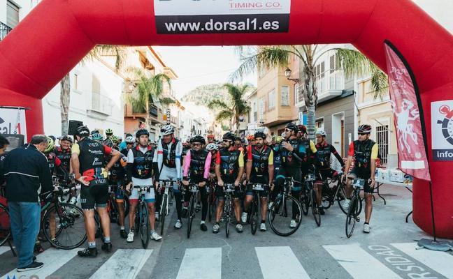 200 personas participan en la I edición de la Marcha Cicloturista 0.17 Arranca en Llanta