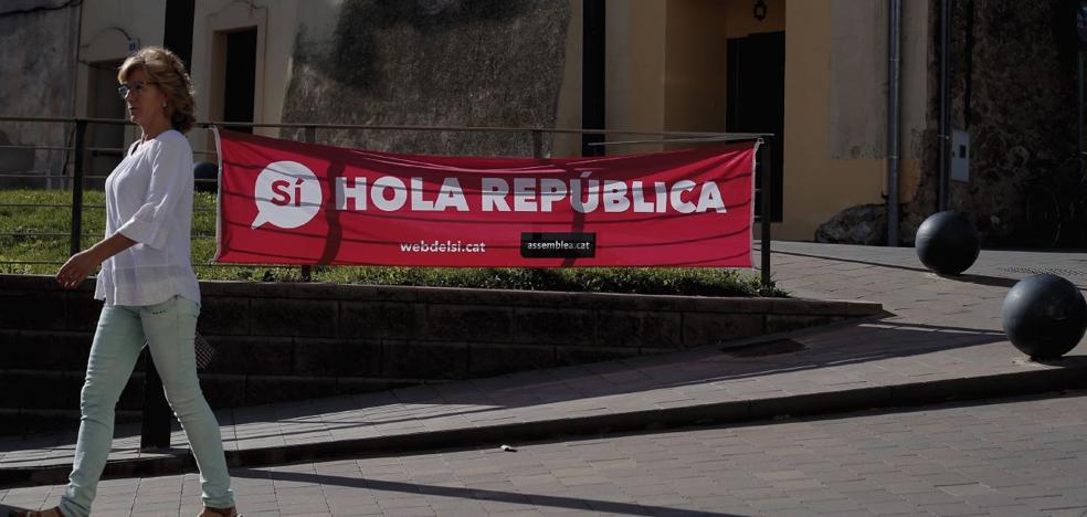 Primer día en la 'República Independiente de Cataluña'