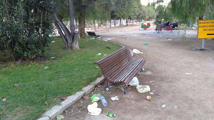 Resaca de Halloween en Valencia: 1.400 kilos de basura y varias peleas