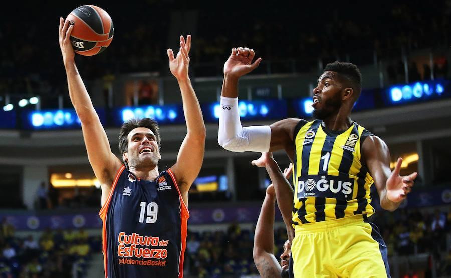 Fotos del Fenerbahce-Valencia Basket