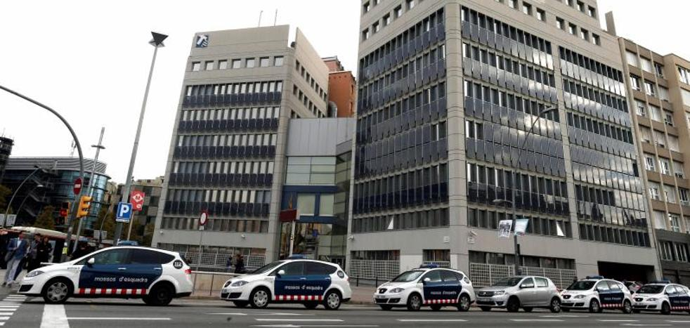 La Guardia Civil vuelve a la comisaría de Mossos en Lérida para buscar grabaciones del 1-O