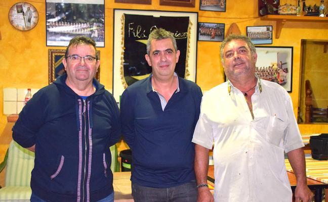 La Junta de Festes de Moros i Cristians de Xàbia mantiene a Fernando Piles como presidente y renueva a los cargos