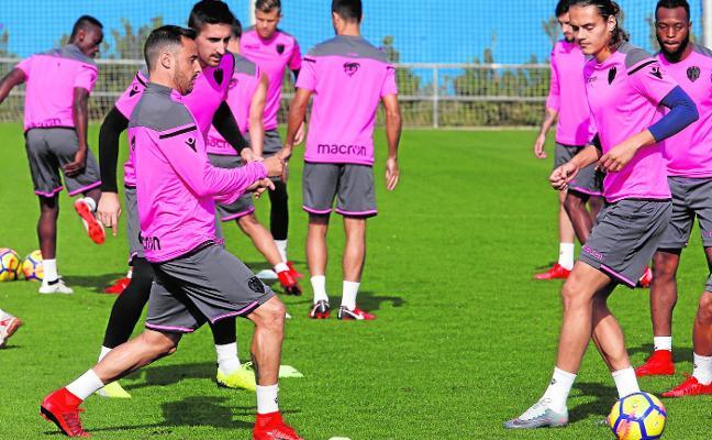 Levante UD - Girona: a salir del atasco con Unal