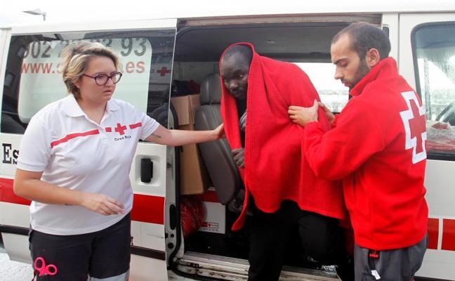 Más de 600 inmigrantes rescatados en la oleada de pateras desde el viernes