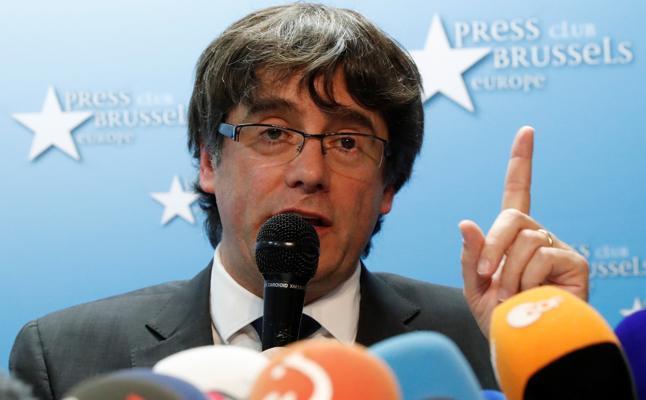 Hacienda denuncia a Puigdemont por el gasto del referéndum ilegal