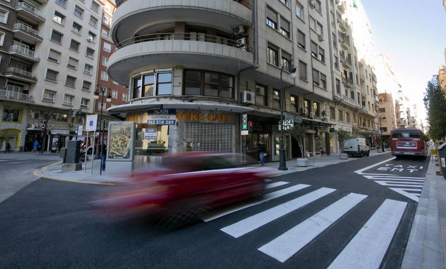 Fotos de la reapertura al tráfico de la calle San Vicente de Valencia