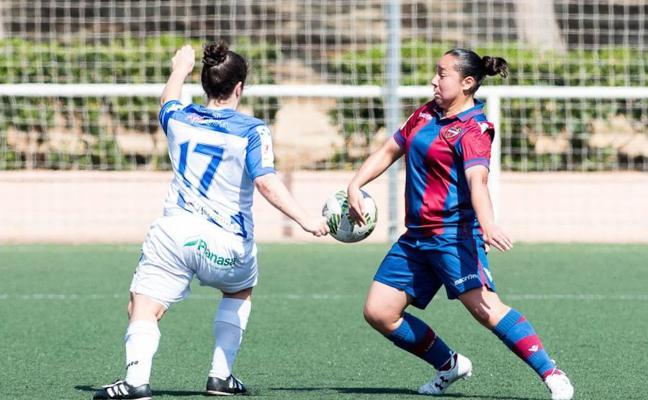 Charlyn, máxima goleadora de la Liga femenina: «Mi reto es dejar huella»