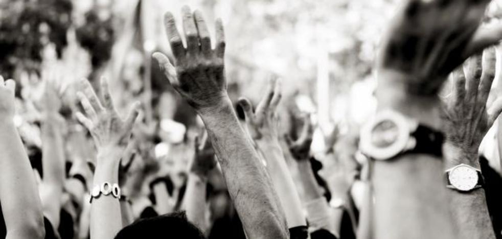 Duelo de manifestaciones en Valencia