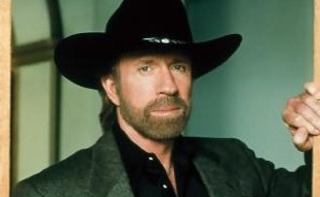 Chuck Norris deja el cine para cuidar a su mujer