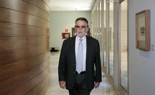 El juez confirma el millón de euros de fianza para Grau por la presunta financiación irregular del PP