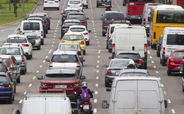 Los accesos a Valencia sufren las primeras retenciones del fin de semana