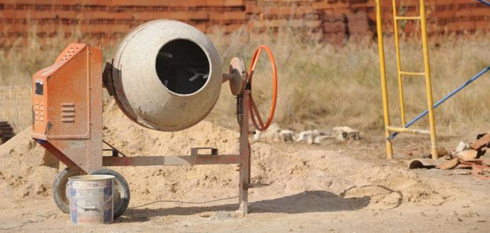 Crean en Valencia un nuevo cemento a partir de ceniza de hueso de oliva y escoria