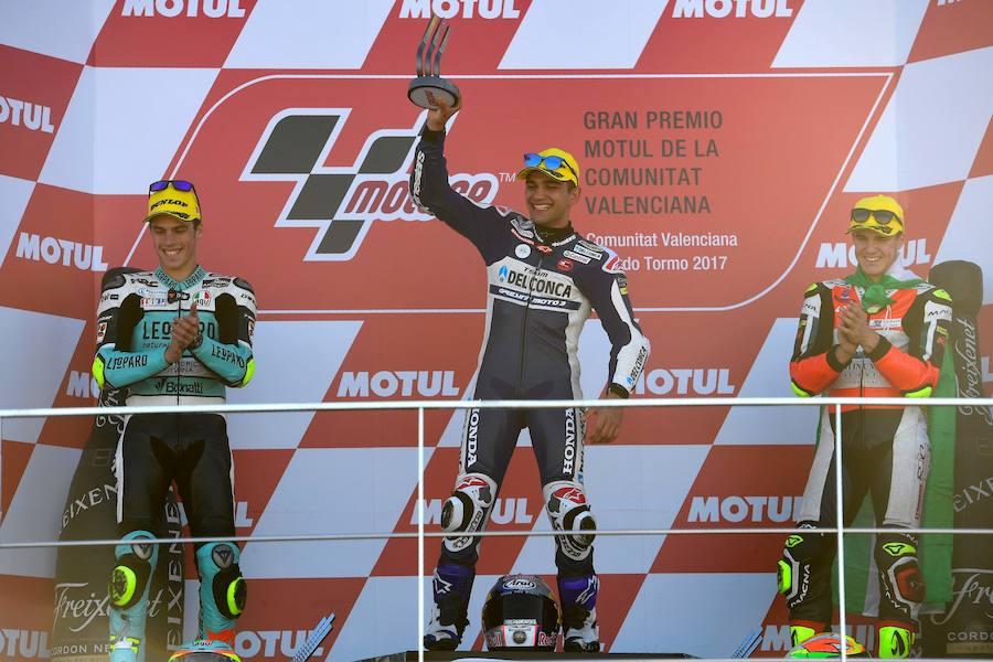 Fotos de la carrera y el podio de Moto3