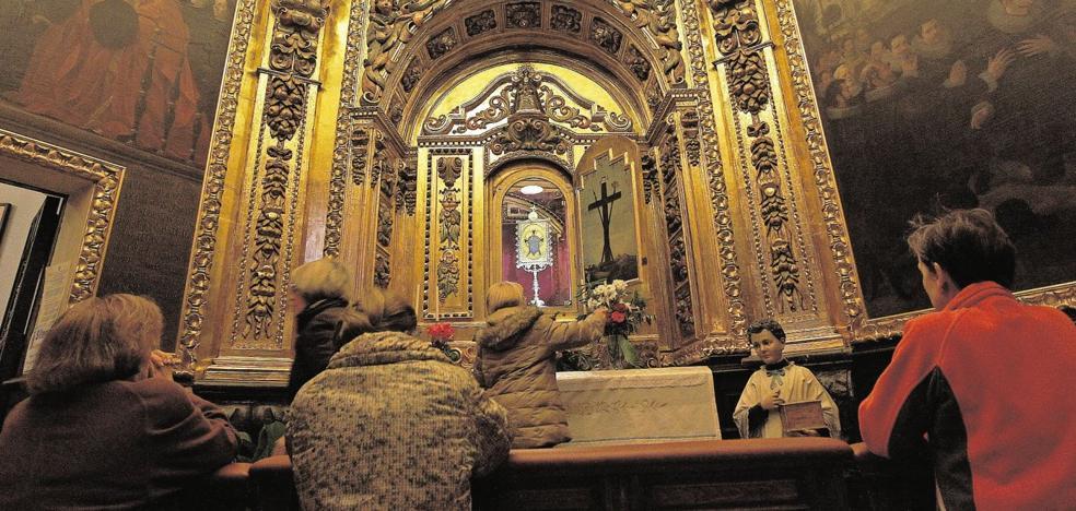 Una feligresa demanda a las monjas franciscanas tras caer en la Santa Faz