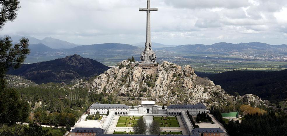 El PSOE reclama modificar o liquidar la Fundación del Valle de los Caídos