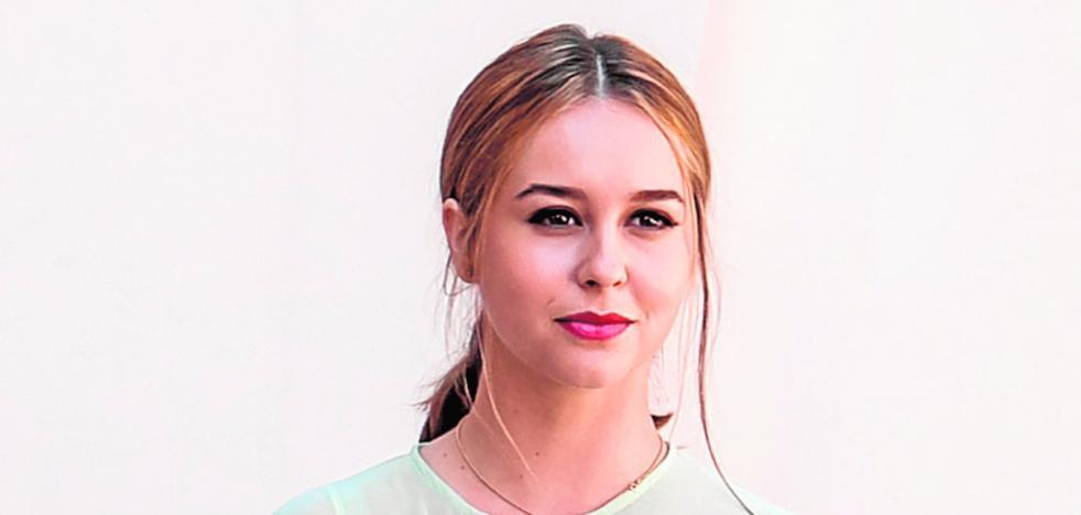 Paula Usero, actriz: «En Valencia hay pocas producciones y siempre trabajan los mismos»