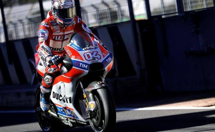 Fotos de los primeros entrenamientos de MotoGP 2018 en Cheste