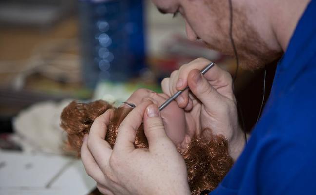 Las muñecas de Onil que resisten a China