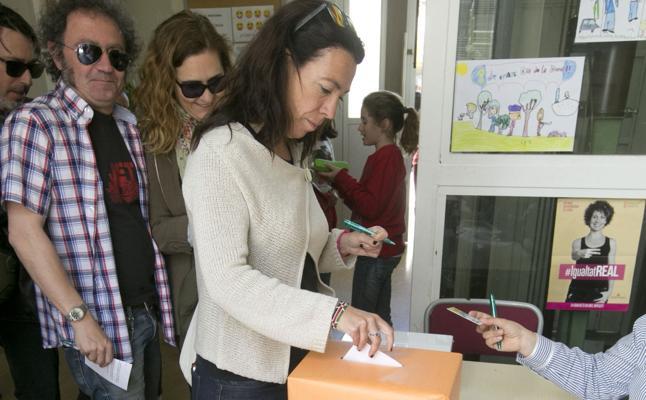 Los padres recelan del pago de las extraescolares de la jornada continua
