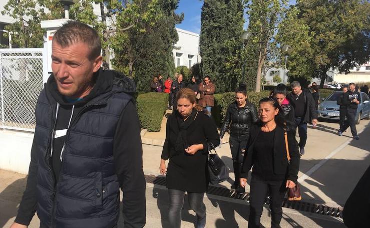 Fotos del funeral de la niña asesinada en Alzira por su padre