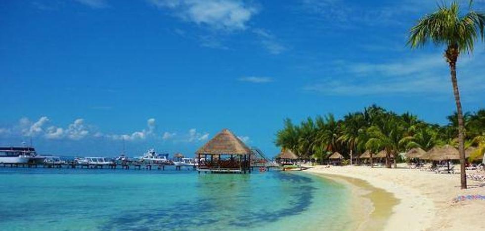 El trabajo soñado: 8.500 euros al mes por grabar vídeos en Cancún
