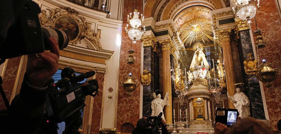 La Basílica de Valencia estrena la nueva iluminación