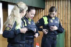 Chalecos antibala adaptados para las mujeres de la Policía Local de Valencia
