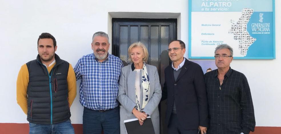 Sanidad visita los consultorios de la Vall de Gallinera cuando no está el médico