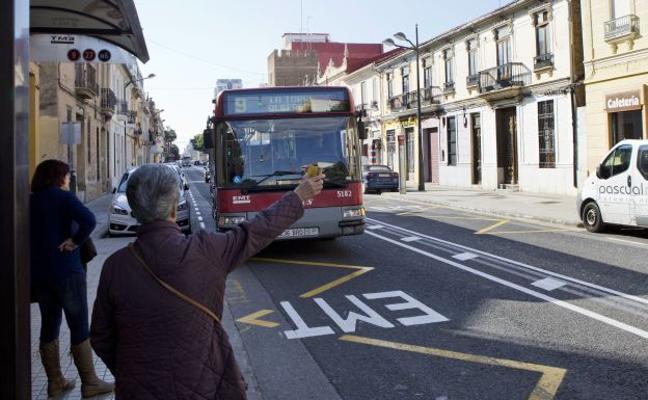 La EMT de Valencia prepara una profunda renovación de las líneas para principio de año