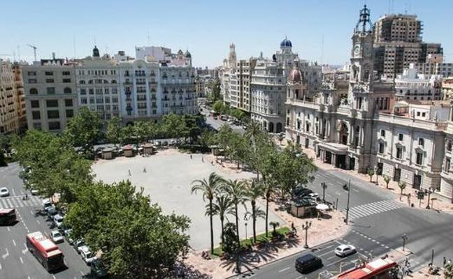 El PSPV pilotará un nuevo intento para peatonalizar la plaza del Ayuntamiento
