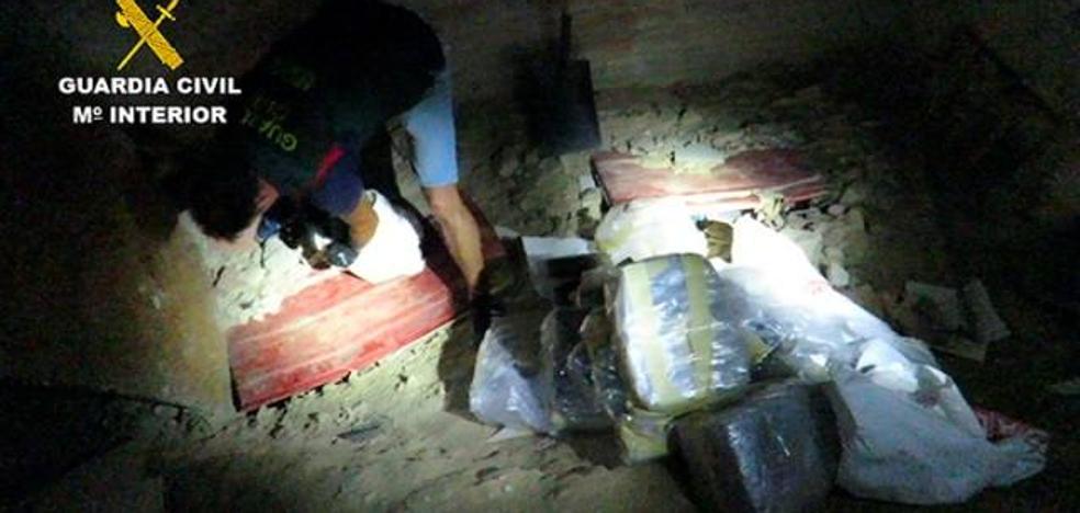 Incautan 4 toneladas de cocaína y detienen a 40 personas en una macrooperación antidroga que se inició en Dénia