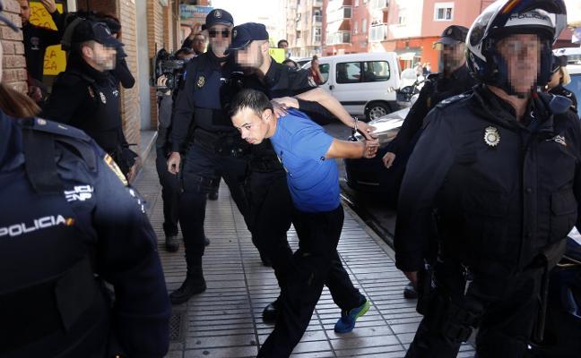 Detenidas 147 personas en una década por un centenar de crímenes en Valencia