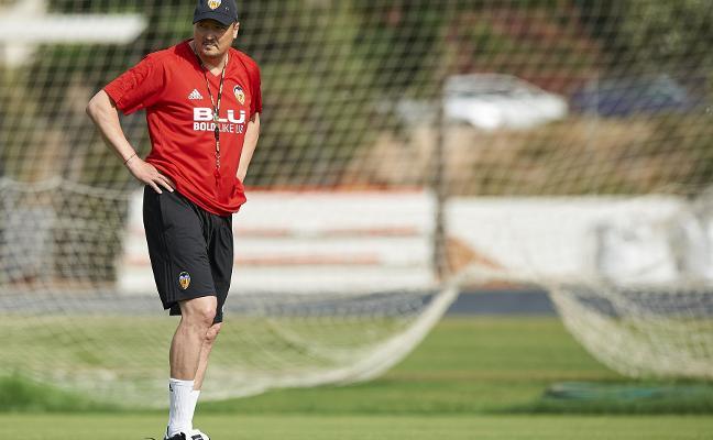 Miguel Grau, nuevo técnico del Mestalla tras la espantada de Penev