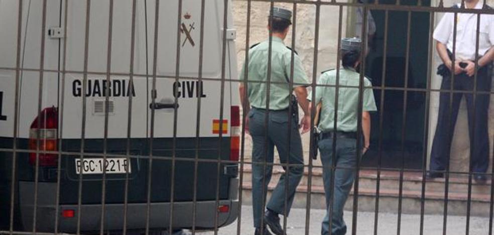 Guardia Civil y Mossos disparan a un individuo que gritó «Alá es grande» en La Junquera