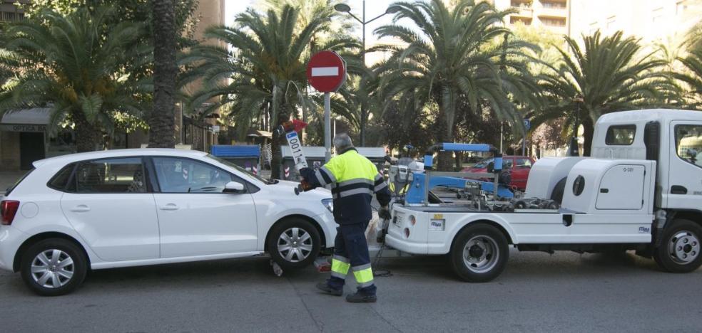 La grúa se ausenta en los barrios de Valencia