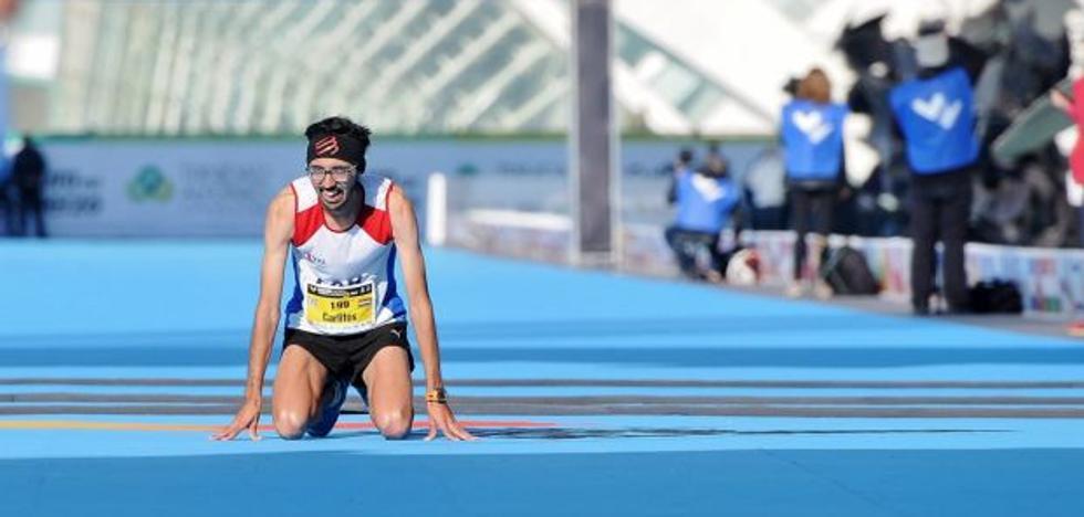 Así ha sido la llegada a la meta del Maratón de valencia 2017