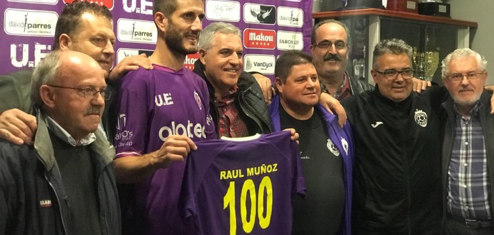 La UE Gandia y el capitán Raúl Muñoz se regalan una victoria ante el Contestano