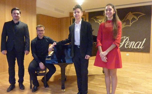 Lo Rat Penat entrega sus premios de piano