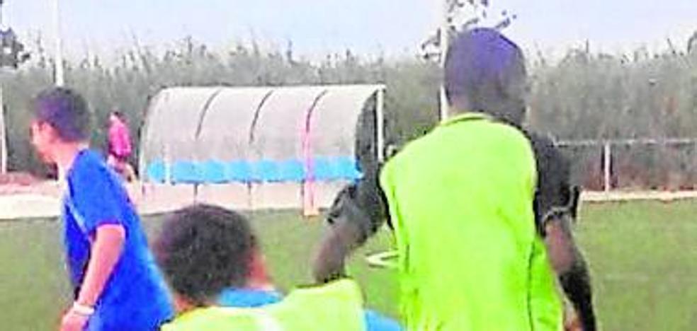 La FIFA impide a un niño saharaui jugar en Alzira
