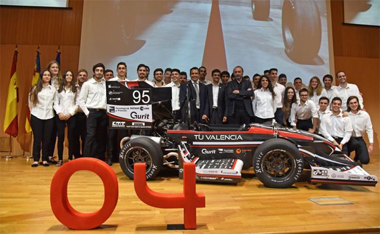 La Politècnica hace historia con un equipo de automovilismo