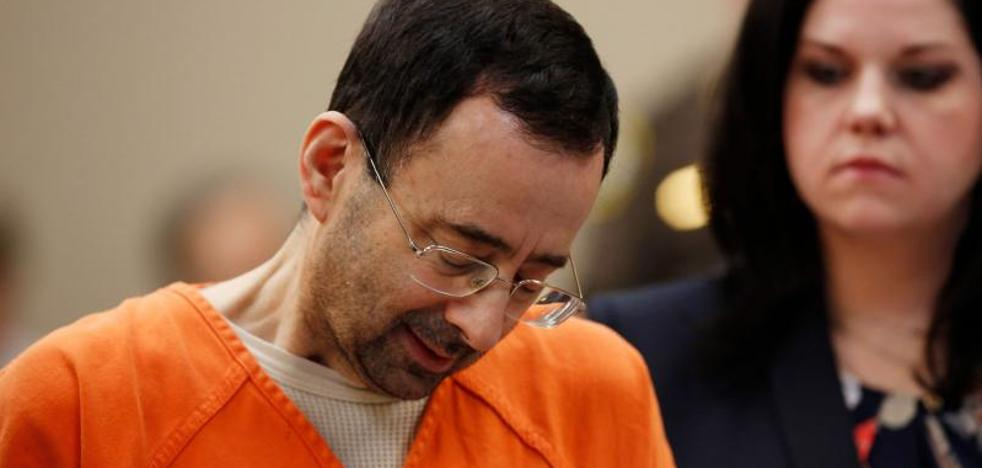 El doctor Nassar se declara culpable de abusar de siete gimnastas