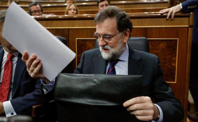 Rajoy insta a ERC a gobernar con arreglo a la ley si vence el 21-D