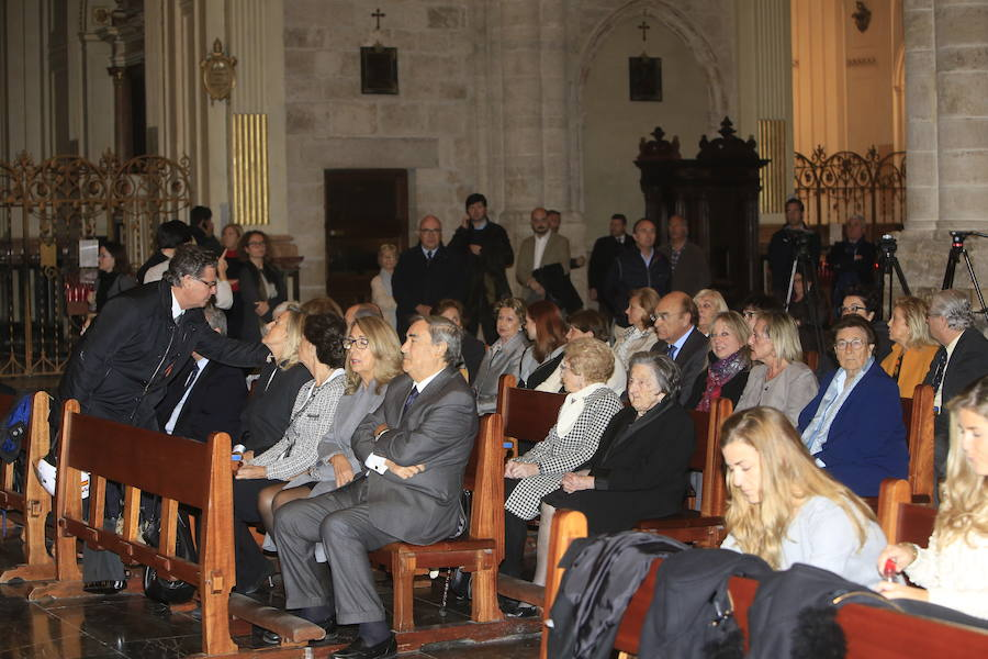 Fotos de la misa en recuerdo de Rita Barberá en la Catedral de Valencia