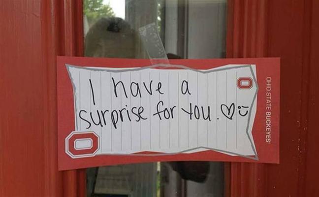 Prepara una sorpresa a su novia pero no fue lo que ella esperaba