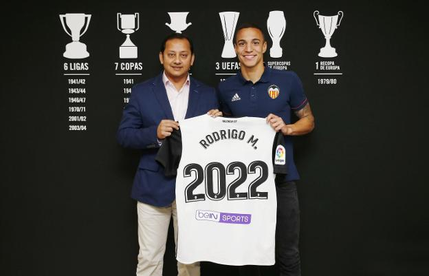 ¿Cuánto mide Rodrigo Moreno? 118886090--624x401
