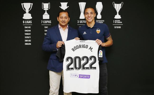 Rodrigo se gana tres temporadas más