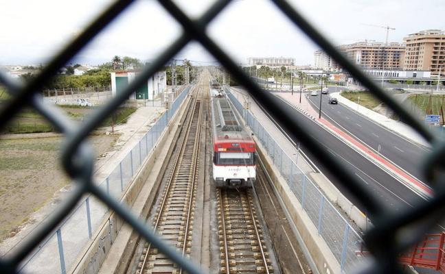 Las obras del corredor suprimen hasta el domingo los trenes entre Valencia y Barcelona