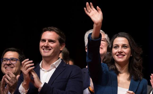 Arrimadas y Rivera piden a PSC y PSOE que no pongan «palos en las ruedas»